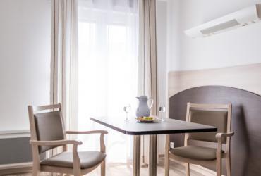 Studio confort résidence personne agée draguignan